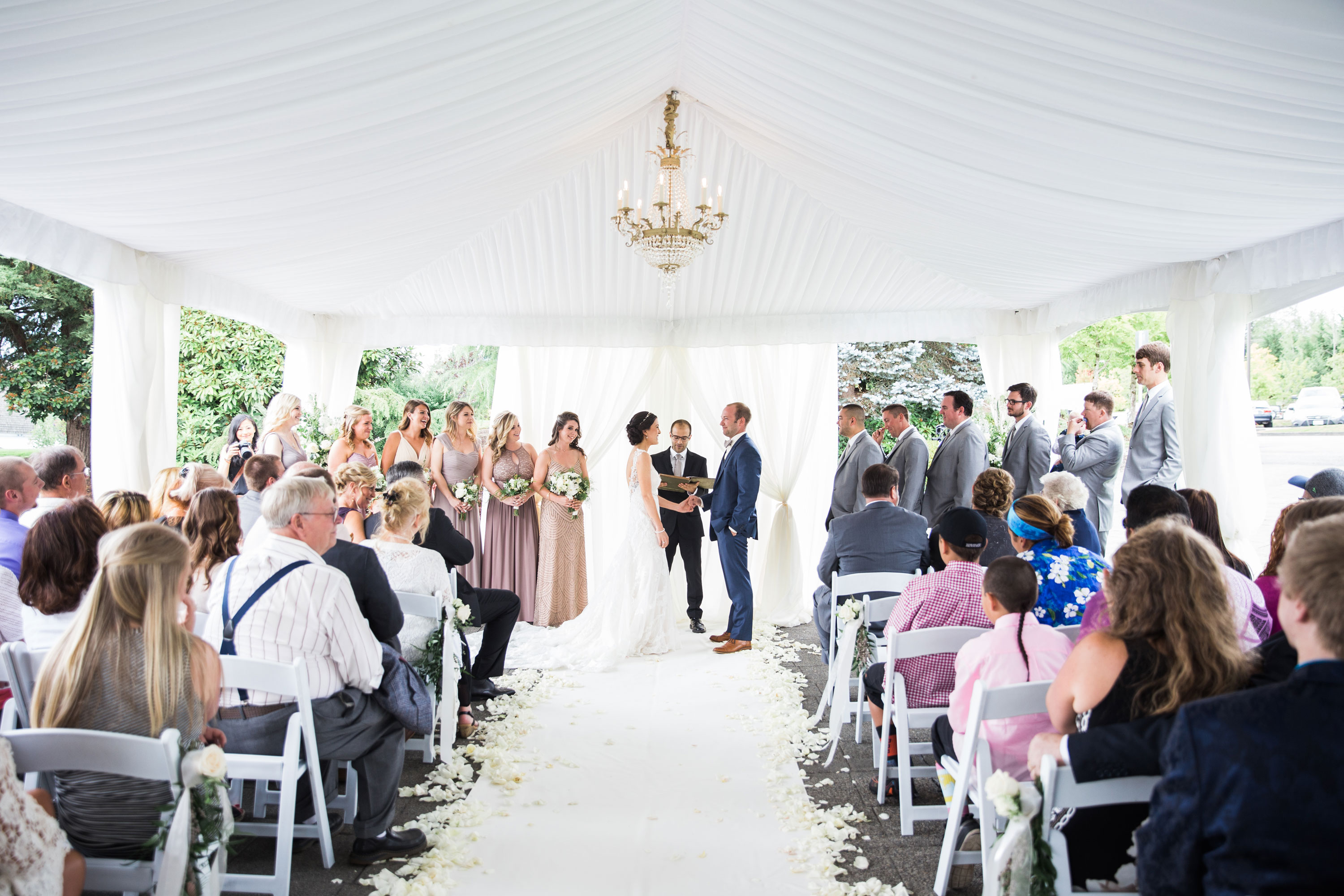 nicolle-and-david-wedding-tent-party
